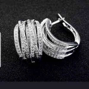 Jewelry - Exquisite sterling silver hoop earrings